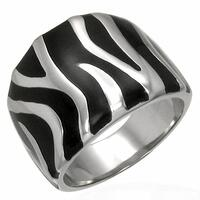 Fantastisk fed fingerring i tribal style. rustfri stål i hot fashion design.